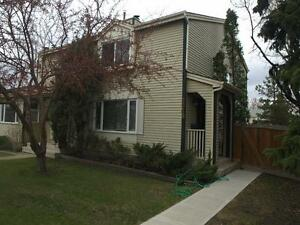 Just Reduced! Sherwood Park 3 Bedroom Townhouse