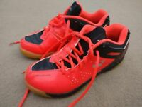 Girls Yonex Power Cushion Trainers O2JR Ergoshape