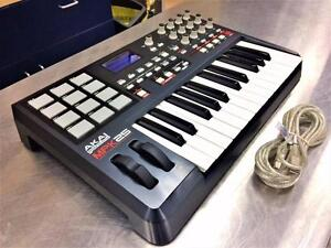 Controlleur MIDI USB AKAI MPK25   **excellente condition**  #F020651