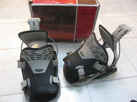 New Flow PRO Snowboard Bindings. Size L (Flow sizing chart UK 9 to 11)