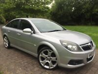 Low miles 2006 Vauxhall Vectra 2.2i 16v SRi 5dr SATNAV PARKING SENSORS 19inch Snowflake Alloys