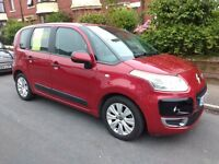 Citroen C3 Picasso VTR+ HDI diesel, red.