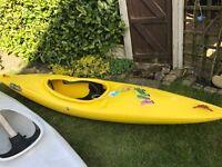 Kayak/canoe Pyranha magic bat