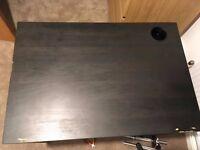 Free square desk