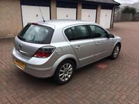 2005 automatic Vauxhall Astra 12 months mot