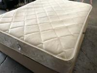Ex display kings size divan bed base with drawers and matress