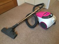 Vacuum cleaner, very good condition, only 5 months old!