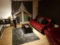 Double room in 2 bed apartment in Whitehall Square close to city centre