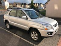 2010 Kia Sportage 2.0L XE. 4WD. MOT Apr 19. Comes with Parrot CK3100 Handsfree kit and roofbars.