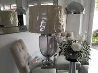 Stunning table lamp