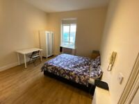 *STUDENTS WELCOME - SEPTEMBER!!!* SB Lets - Wonderful large studio flat located in Kings Road