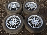 """For sale - Ford Focus / fiesta 15"""" original alloy wheels - excellent tyres"""