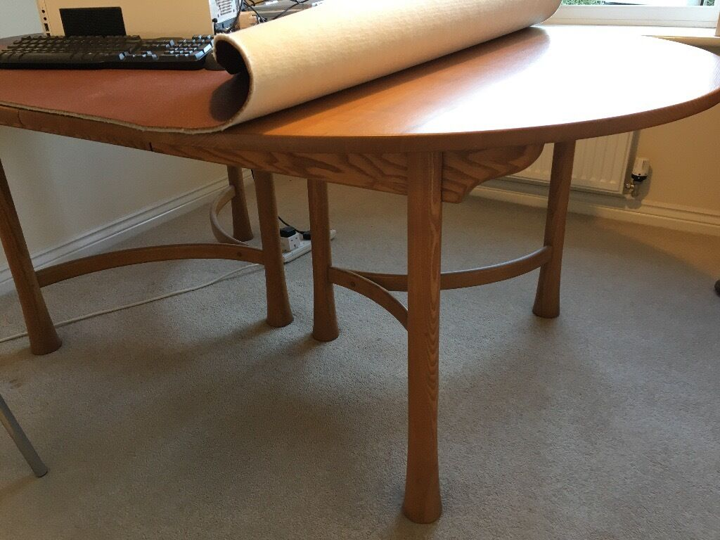 Ercol Saville Extendable Dining Table Solid Elm