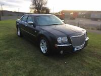 57 REG CHRYSLER 300C 3.0 CRD V6 4DR-BENTLEY GRILL-LOW MILES-LOT OF CAR FOR THE MONEY-LOOKS GREAT
