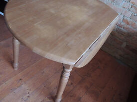 Dining table for small kitchen (Delivery)