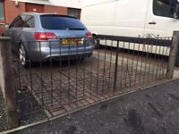 IRON DRIVEWAY GATES 3 YEARS OLD IN GREAT CONDITION 1 X PAIR 2.7M OPEN SPACE