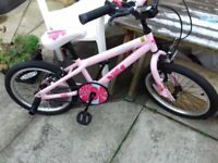Girls Apollo Kinx bike for 6yrs to 8yrs