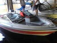 Lightly Used 1989 Doral Boat - Great condition!