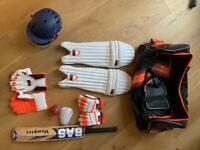Complete cricket set - suit 10-14 year old