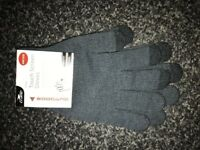 CRANE TouchScreen Compatible Gloves, for outdoor use of a Mobile Phone. £2