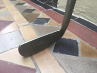 Old fashioned Golf Putter