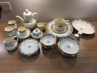 Royal Doulton Albany Dinner Service as new
