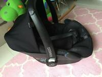 MaxiCosi Pebble car seat 0+