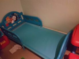 Thomas the tank toddler bed.great condition. Dismantled already