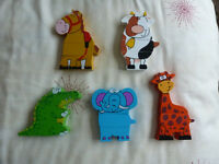 MAGNETIC WOODEN ANIMAL PUZZLE SET