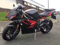Triumph Daytona 675R Dark edition