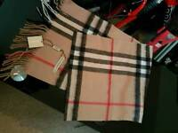 burberry 100%cashmere scarf new bargain