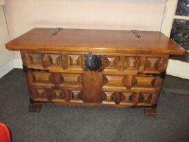 Solid Oak Blanket / Ottoman / Toy / Storage Box