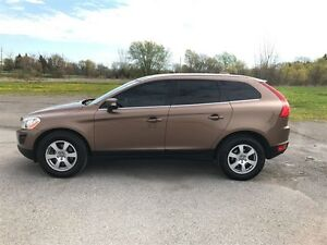2012 Volvo XC60 T6 AWD - MOON - LEATHER