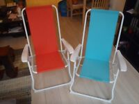 Pair of folding deckchairs orange & blue