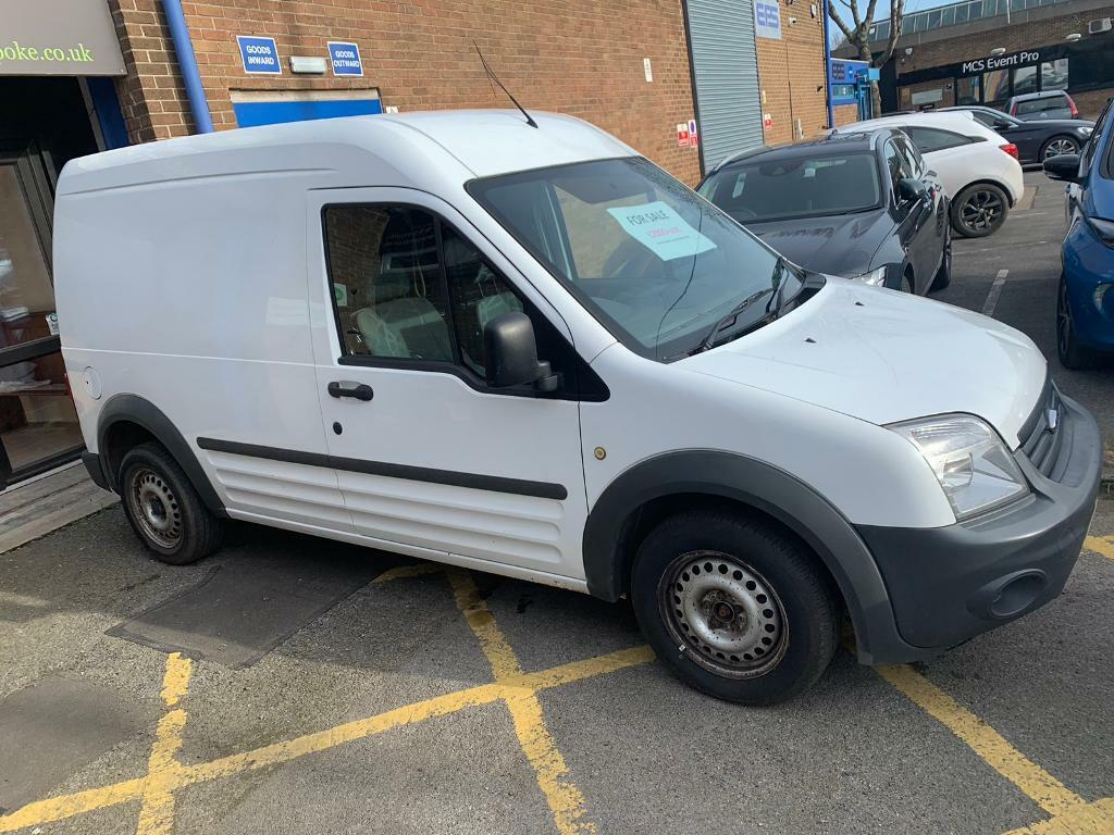 c5aa75cc26aa49 Ford Transit Connect 1.8 TDCi T230 LWB High Roof 4dr