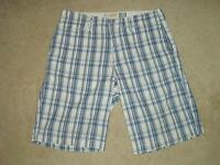 Men's Plaid Shorts, size XXL - U.S. Vintage