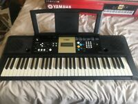 Yamaha YPT-220 Digital Keyboard - Very Good Condition - Great for Beginners and Enthusiasts!