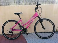 Ladies' bicycle, many extras, excellent condition