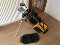 Dunlop junior kids golf clubs. Age 6-10. Excellent Condition childrens