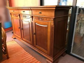 cherry wood sideboard in very good condition
