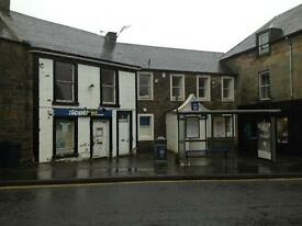 2 bedroomed 1st floor flat. Kinross High Street