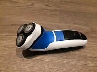 Philips Electric Shaver 6970 - NEW CONDITION IN ORIGINAL BOX