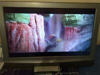 SONY 32 inch HDMI FREEVIEW TV WITH REMOTEGREAT PICTUREAND SOUND
