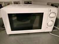 Microwave - 17L 700W White Colour