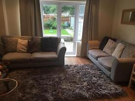 2x dfs sofa's