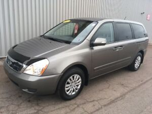 2012 Kia Sedona LX FANTASTIC PASSENGER VAN! LIKE NEW! AWESOME...