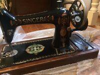1920s Vintage Singer Sewing Machine