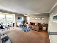 1 bedroom flat in Seafront Penthouse, Brighton, BN2 (1 bed) (#986732)