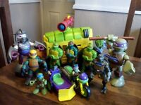 TEENAGE MUTANT NINJA TURTLE ASSORTED TOY BUNDLE £35.