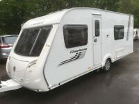 ☆ 2011/12 SWIFT CHARISMA 550 ☆ 4 5 BERTH TOURING CARAVAN ☆ FIXED BED ☆ FULLY SERVICED ☆ MOTOR MOVER